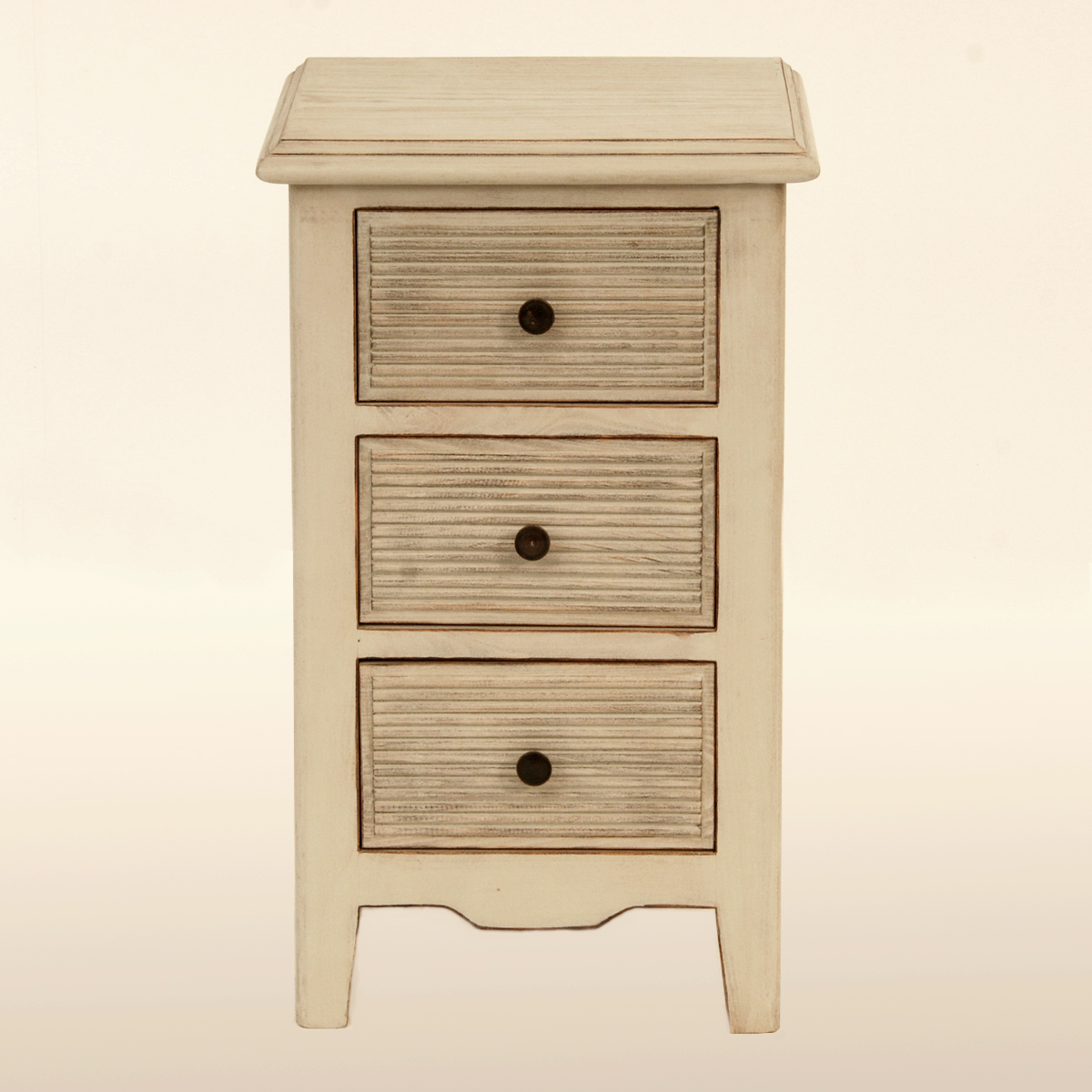 Be0055 Bedside Table With Shutters