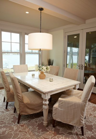 Dining room decoration idea 29